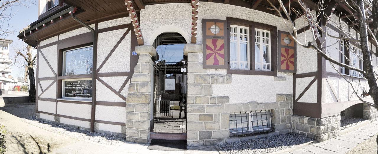 Archange image exterieur porche